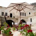 5-terasa in fata conacului grecesc din cadrul hotelului yunak evleri turcia
