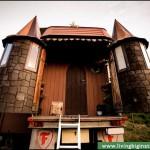 5-turnuri castel camion in interiorul carora sunt amenajate wc ul si dusul