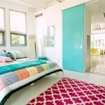 5-usa glisanta de interior bleu decor tineresc in stil eclectic