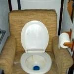 5-vas wc montat intr-un fotoliu tapitat