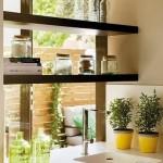 5-vedere dinspre bucatarie spre living si terasa apartament 53 mp