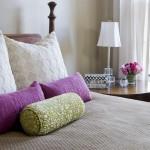6-accente decorative vernil si mov in amenajarea dormitorului