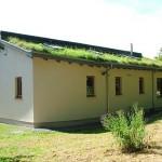 6-acoperis verde casa ecologica din beton de canepa Hempcrete Bevan Architects