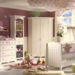 6-amenajare decorare camera bebe fetita alb si mov
