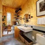 6-baie complet utilata interior casa mica 32 mp