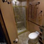 6-baie de lux interior rulota de 1 milion usd Brad Pitt