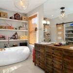 6-baie stil eclectic accente industriale cu multe decoratiuni