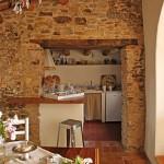 6-bucatarie mica casa rustica din piatra naturala zona rurala spania