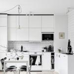 6-bucatarie scandinava cu coloana de aerisire integrata in mobila de bucatarie