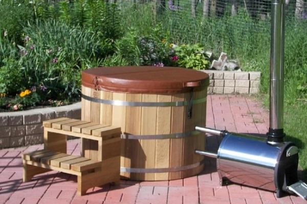 cada spa lemn de gradina cu soba lemne