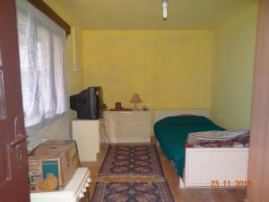 6-camera de dormit casuta din lemn la tara Vlad