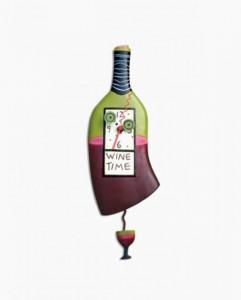 6-ceas cu pendul in forma unei sticle de vin stilizate