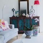 6-comoda din lemn veche cu oglinda integrata in decor modern