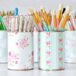 6-cutii de tabla vopsite sau imbracate in tapet decorativ suport rechizite scoala