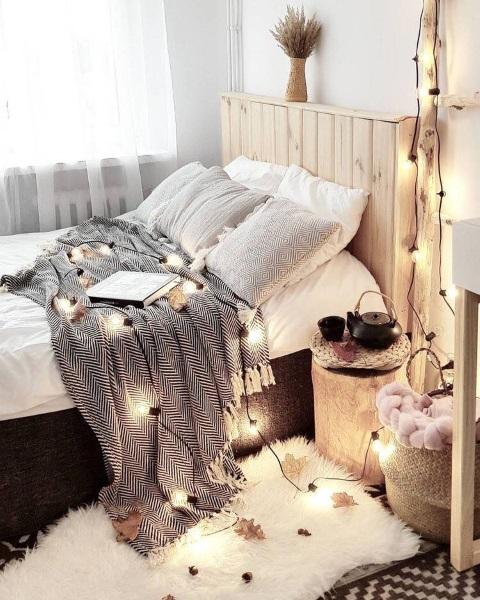 6-decor rustic simplu amenajare dormitor romantic mobilier din lemn natur