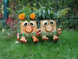 6-decoratiune din lemn si suport de flori pentru gradina
