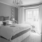 6-dormitor elegant amenajat si decorat in nuante de gri cu accente albe