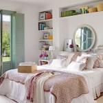 6-dulapuri si polite pe peretele de la capul patului din dormitor