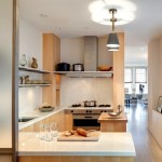 6-exemplu amenajare bucatarie moderna minimalista mobilier furnir lemn si blat alb