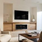6-exemplu asezare televizor pe acelasi perete cu semineul din living
