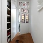 6-exemplu dressing sau dulap mare cu usa glisanta in ton cu peretii albi amenajare hol