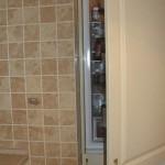 6-frigider ascuns intr-un dulap vertical inalt al mobilierului de bucatarie