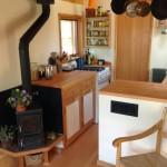 6-godin fier forjat intre living si chicineta casa foarte mica din lemn