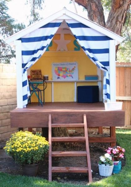 6-idee casuta de joaca pentru copii in gradina montata pe o platforma inaltata