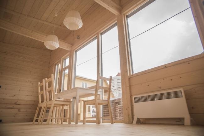 6-interior casa prefabricata Arca imbracata in lambriu din lemn de brad