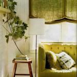 6-living alb cu canapea si storuri textile verde olive