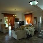 6-living interior casa de vacanta insula Aegina Grecia