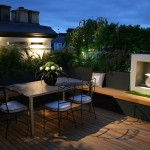 6-loc de luat masa amenajat pe acoperisul unui bloc