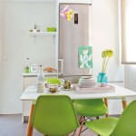 6-loc de luat masa cu scaune vernil decor bucatarie mica apartament Madrid