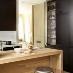 6-loc de luat masa tip bar intre bucatarie si living apartament modern 53 mp