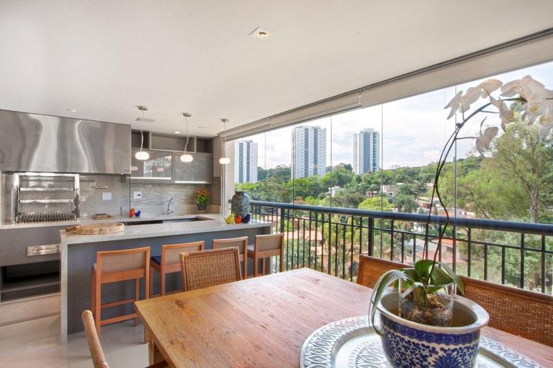 marire bucatarie amenajata balcon apartament