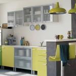 6-mobila bucatarie galben vernil si argintiu