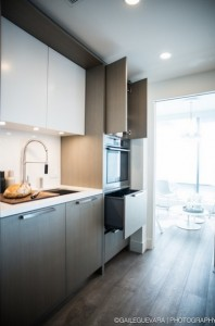 6-mobila moderna bucatarie apartament 4 camere 123 mp