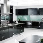 6-mobila neagra bucatarie asortata cu blat gri granit