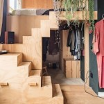 6-pat construit deasupra unui dressing dintr-o garsoniera