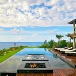 6-piscina panoramica curte casa moderna