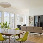 6-scaune-eames-verde-fistic-in-amenajarea-unui-living-open-space