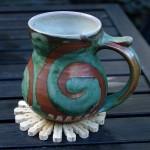 6-suport pentru pahare si alte vase confectionat din clesti de rufe reciclati