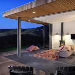 6-terasa si living unite prin deschiderea completa a usilor pliante tip acordeon