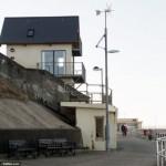6-toaleta publica transformata in casa de vacanta sheringham marea britanie