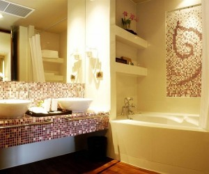 6-varianta decorare si finisare baie moderna cu mozaic in nuante de maro