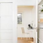 6-vedere din bucatarie spre birou lucru casa modulara digitala NOEM Spania