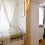 6-vedere-din-dormitorul-mic-in-camera-de-zi-apartamentului-mic