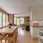 6-vedere din hol spre loc de luat masa bucatarie si living