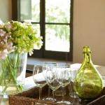 7-accente decorative verde olive dining casa din piatra veche restaurata