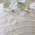 7-aplicare floricele 3D pe abajurul de hartie al lustrei